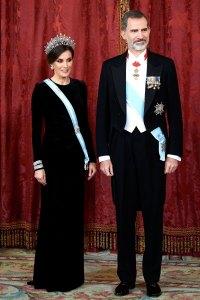Queen-Letizia-Ortiz-of-Spain-black-gown-crown
