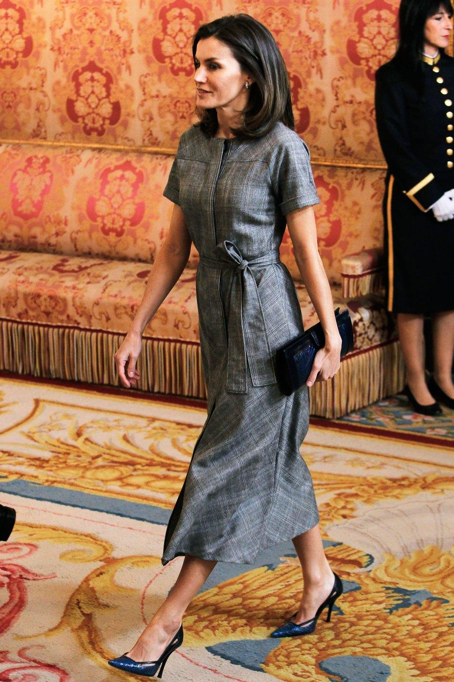 Queen-Letizia-Ortiz-of-Spain-gray-dress-1