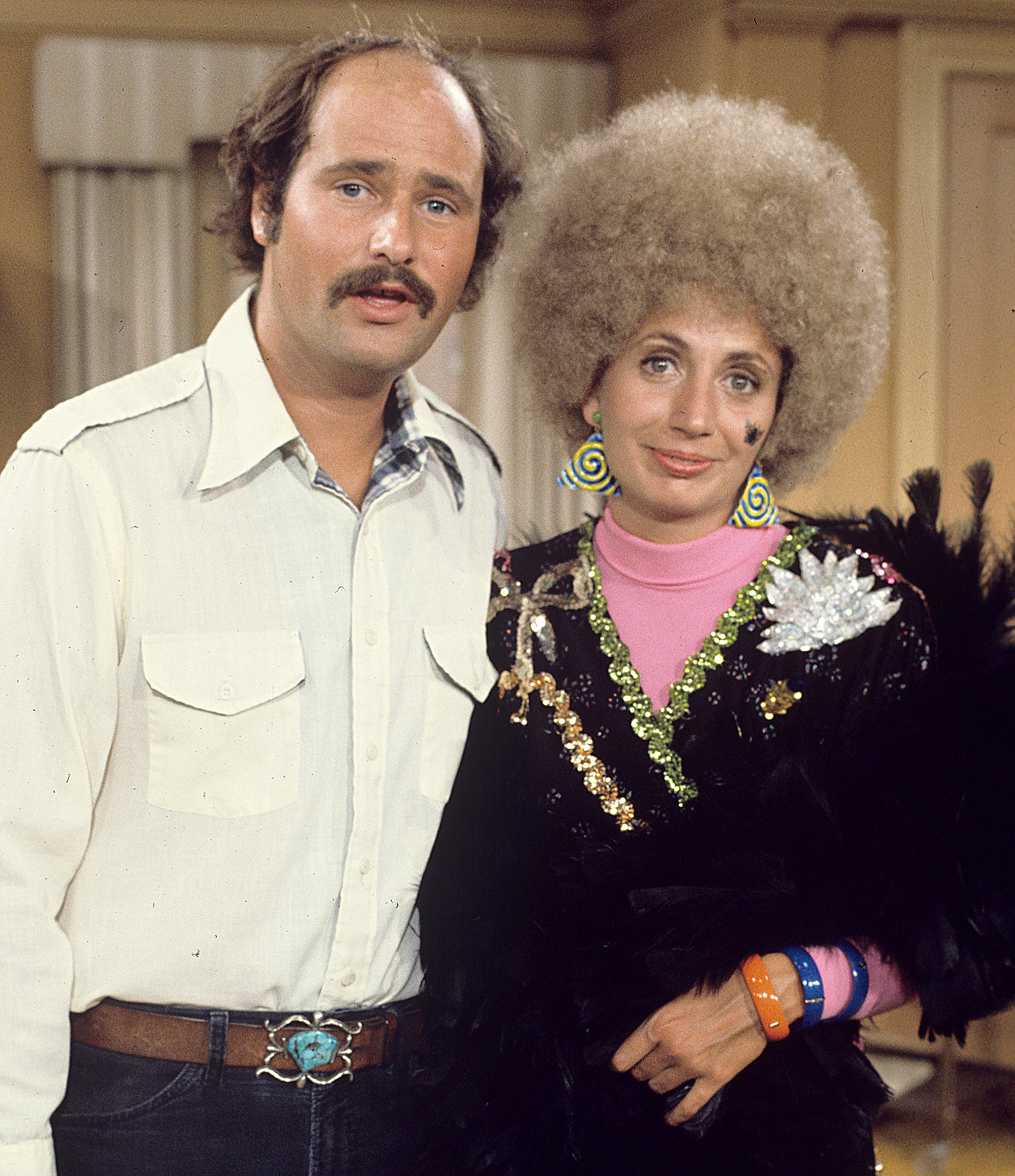 Rob-Reiner-Penny-Marshall death - Rob Reiner and Penny Marshall in The Odd Couple, 1974.