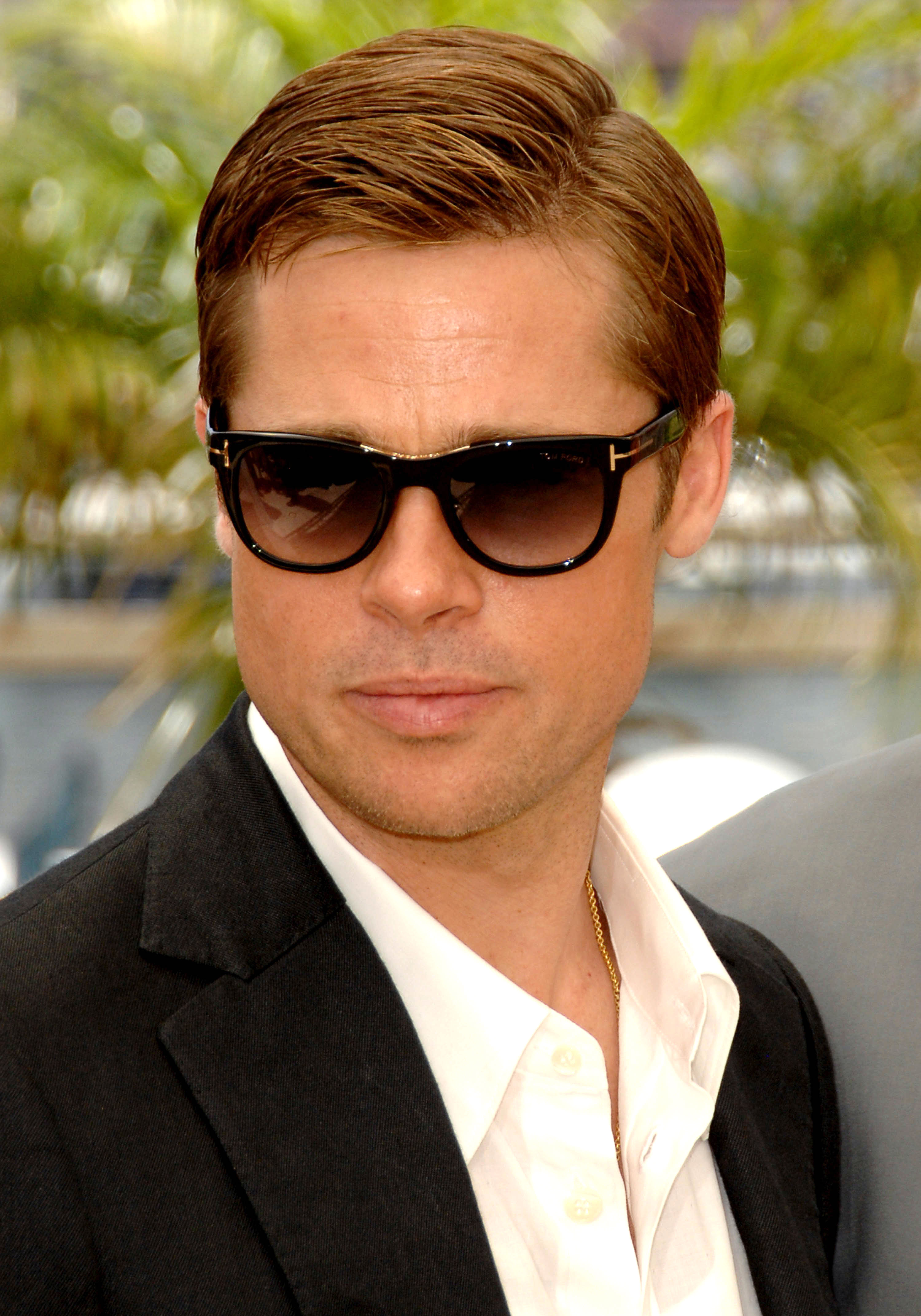 brad-pitt-short hair - Proving he cleans up nicely, the Oceans Thirteen star sported a dapper slicked-back style at the 2007 Cannes Film Festival.