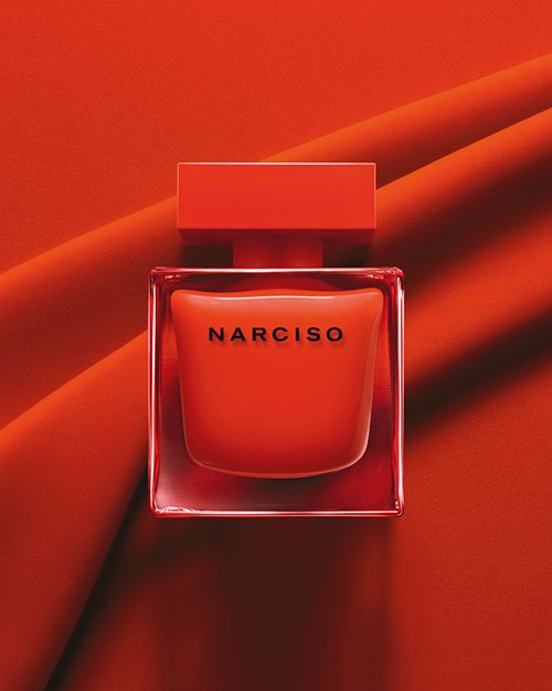holiday gift guide fragrance- Narciso - Scarlet fever! Vetiver and cedar add a sultry edge to the Bulgarian rose and iris in this crimson-dressed fragrance.