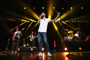 Maroon 5 'Having Trouble' Finding Guests For Super Bowl Halftime Show