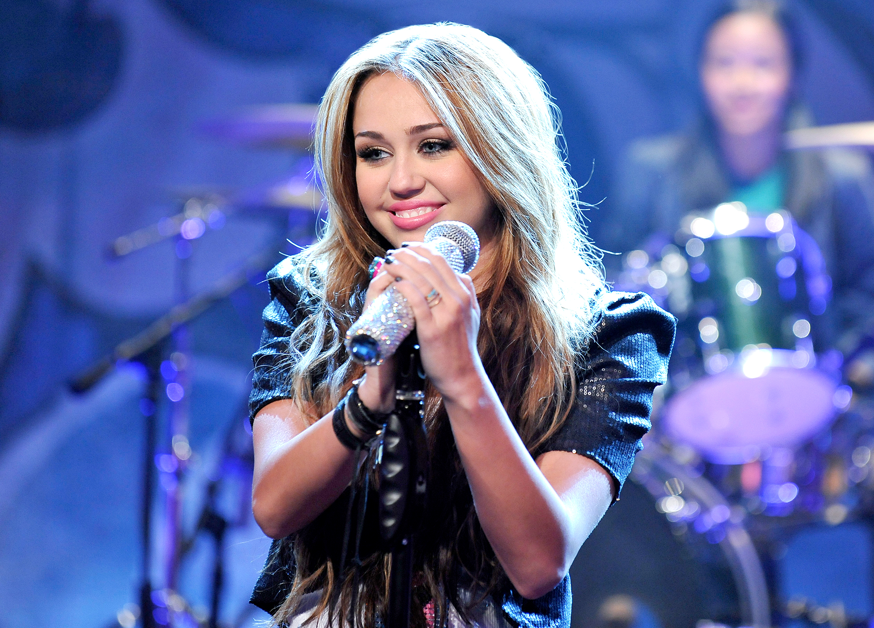 miley-cyrus-2010-leaves-hannah-montana - In 2010, Cyrus bid farewell to her blonde Hannah Montana wig and moved on from the role that launched her career.