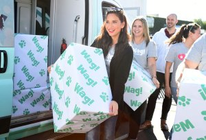 Olivia Munn at Wag event, Wags and Walks