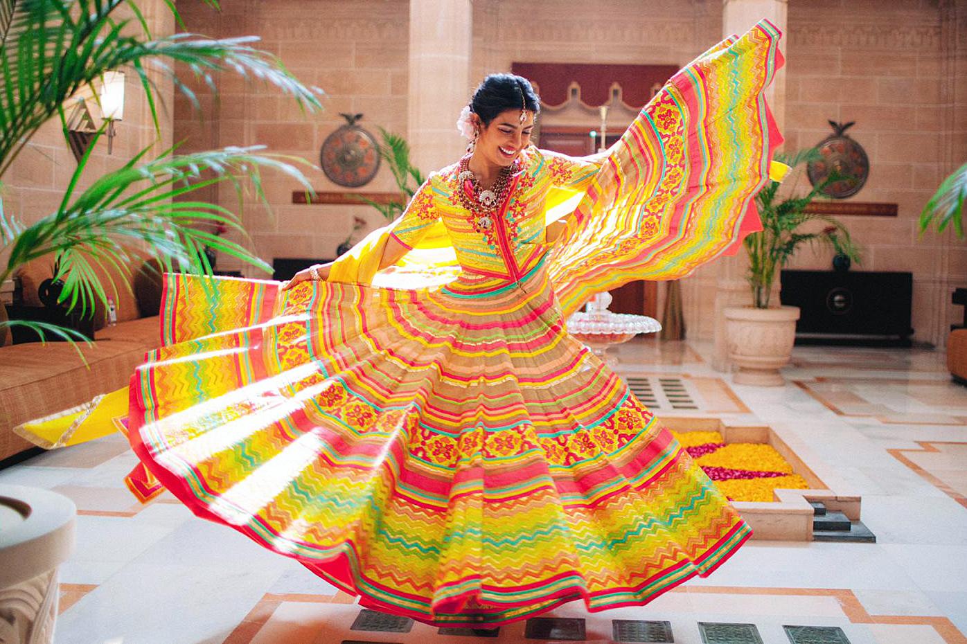Priyanka Chopra Dances Nick Jonas Song Vogue