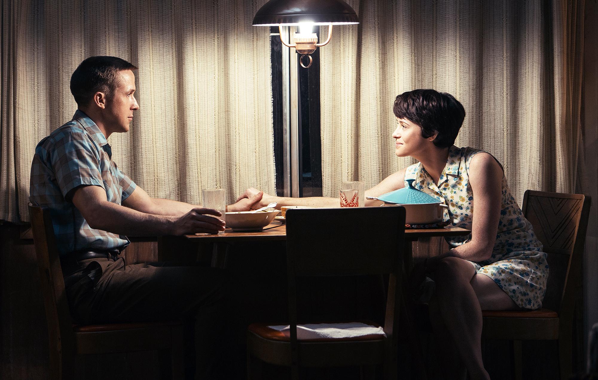 Ryan Gosling Claire Foy First Man Golden Globe Nominations - Ryan Gosling and Claire Foy in 'First Man.