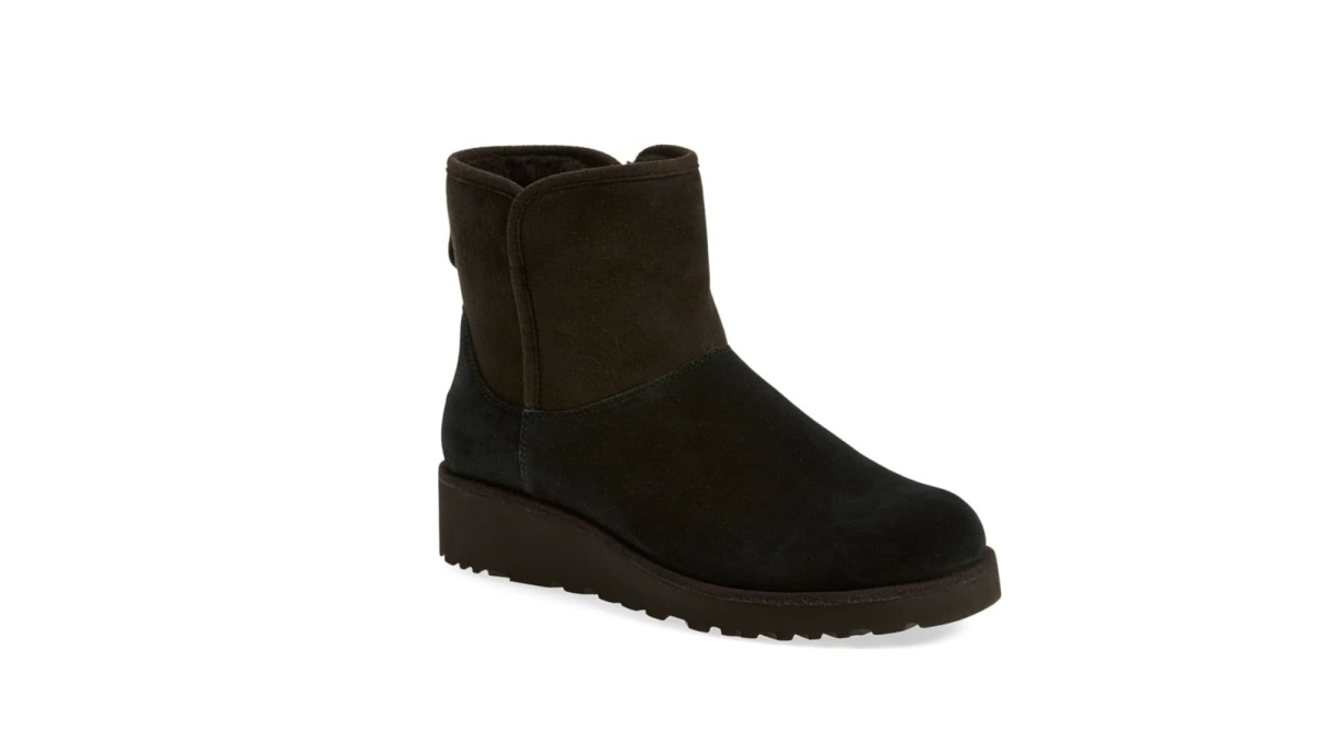 b14c8b311e5 Nordstrom Shoppers Are Still Obsessing Over Uggs — Find Out Why ...