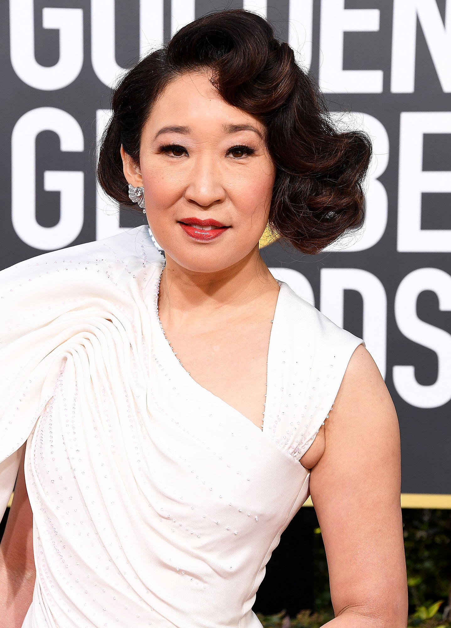 Sandra Oh - The Killing Eve star wore a rosy red lipstick to host the 2019 Golden Globes. She along with this gorgeous hue were on fire all night long.