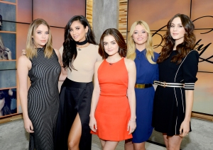 ASHLEY-BENSON,-SHAY-MITCHELL,-LUCY-HALE,-SASHA-PIETERSE,-TROIAN-BELLISARIO