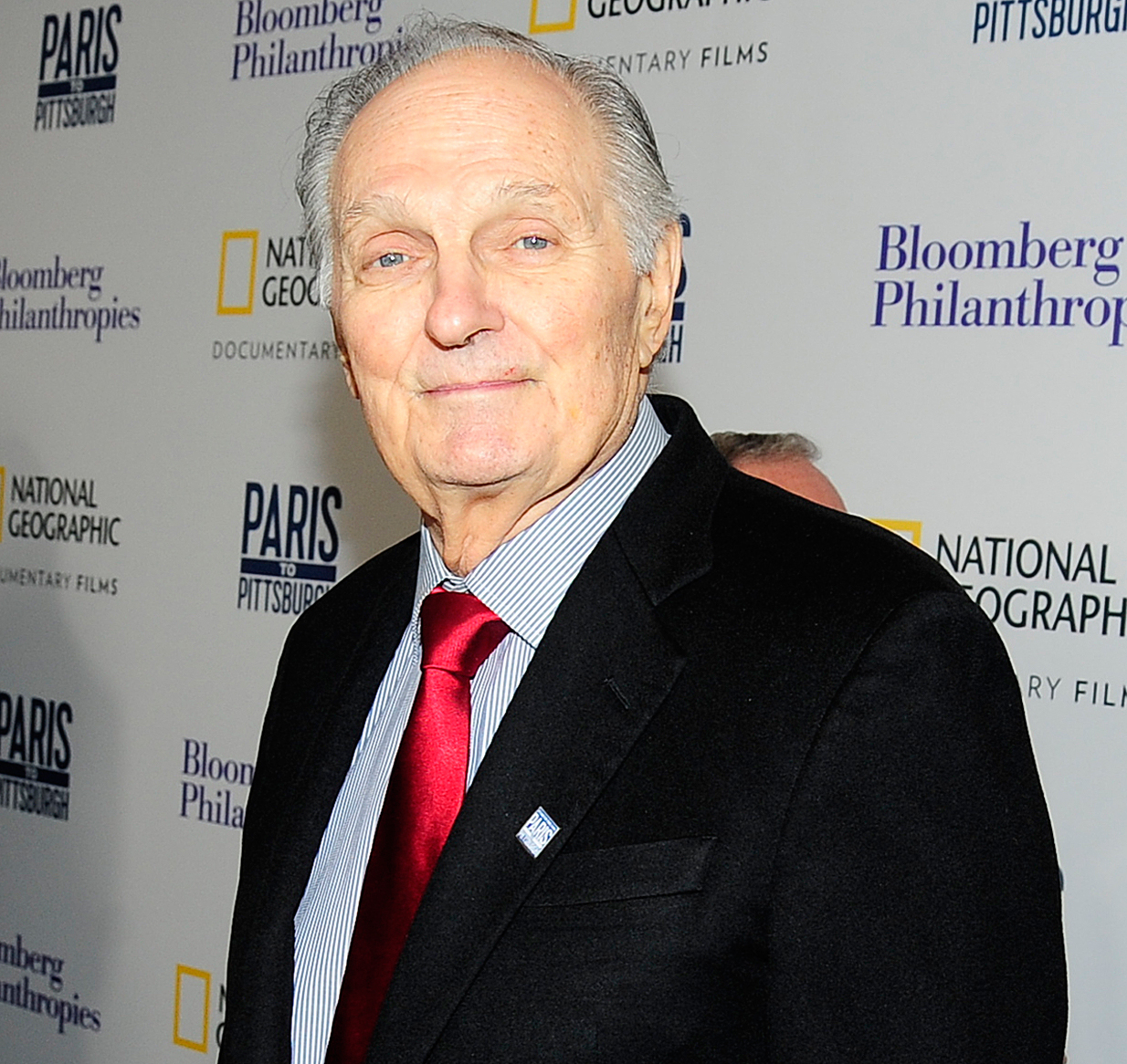 Alan-Alda-honoree-sag-awards - Tom Hanks will present the SAG Lifetime Achievement Award to Alan Alda . The two worked together on the 2015 drama Bridge of Spies and have remained friends ever since.