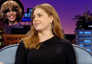 Amy-Adams-Whitney-Houston-The-Gap