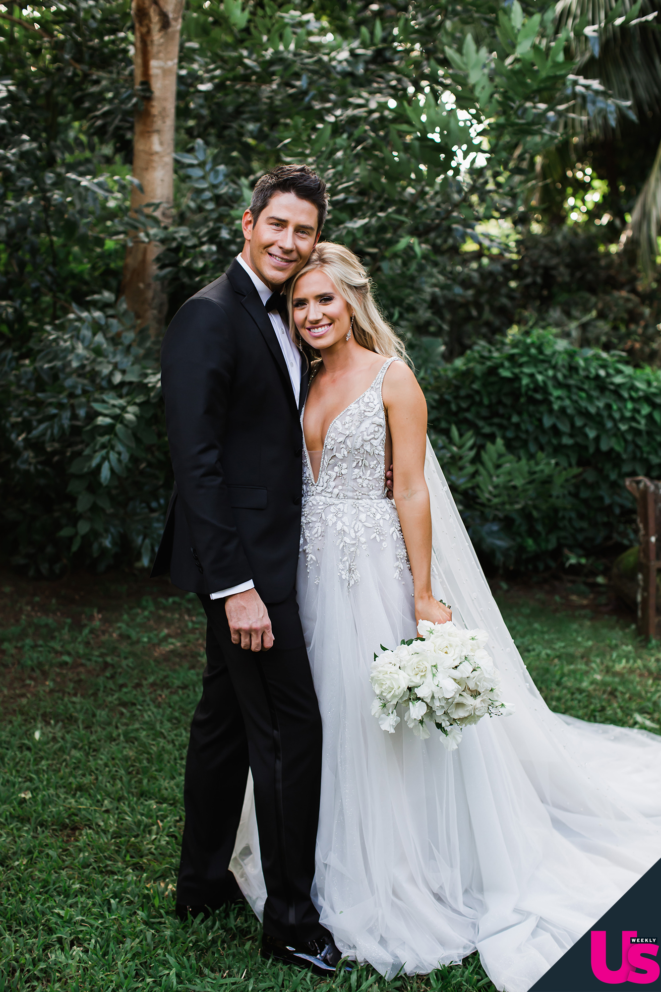 Arie Luyendyk Jr Lauren Burnham S Hawaii Wedding Album Photos