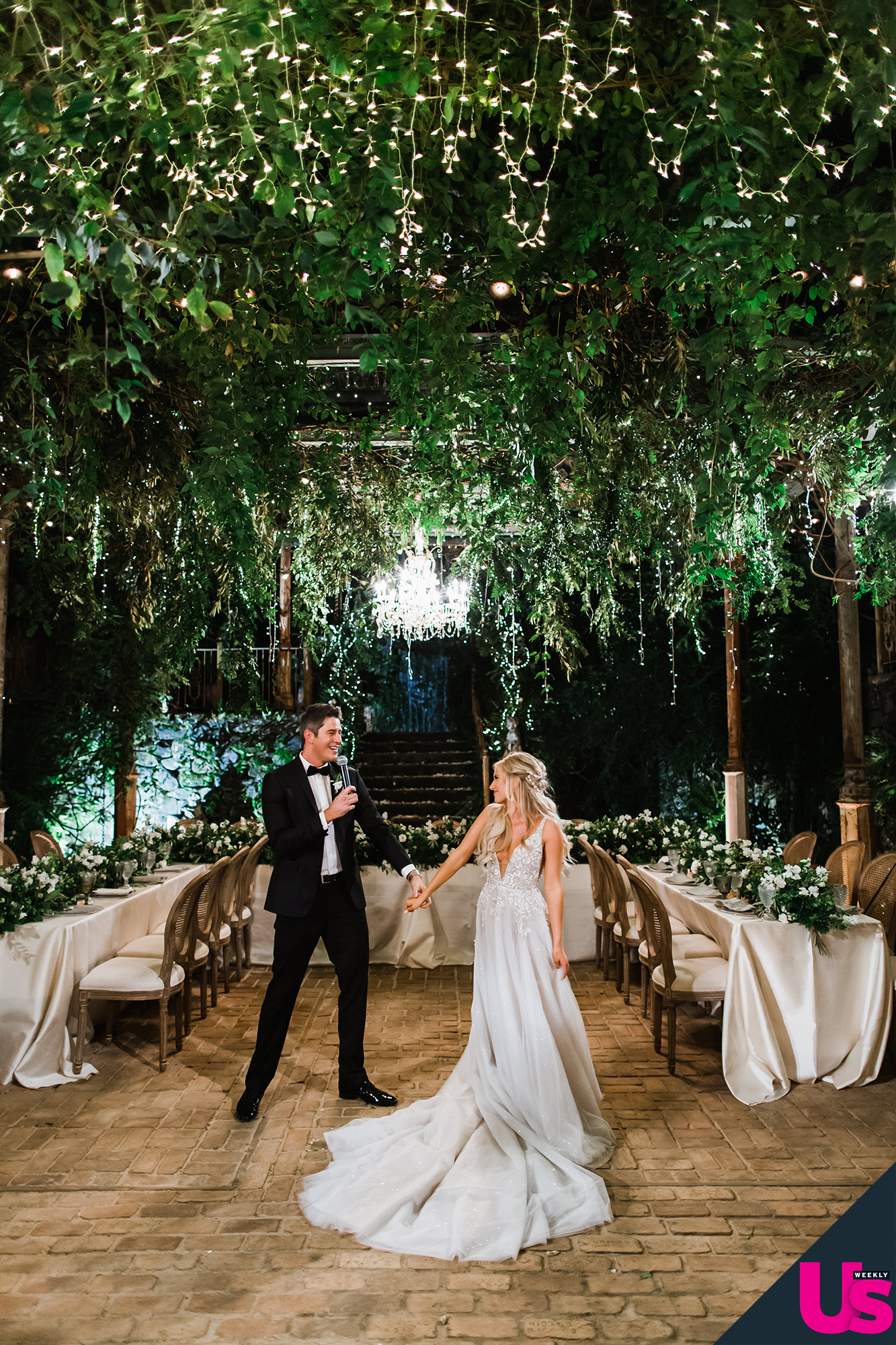 """Arie-Luyendyk-Jr. -and-Lauren-Burnham-Wedding - Both the bride and groom """"got a little stage fright"""" when it came time for their first dance."""