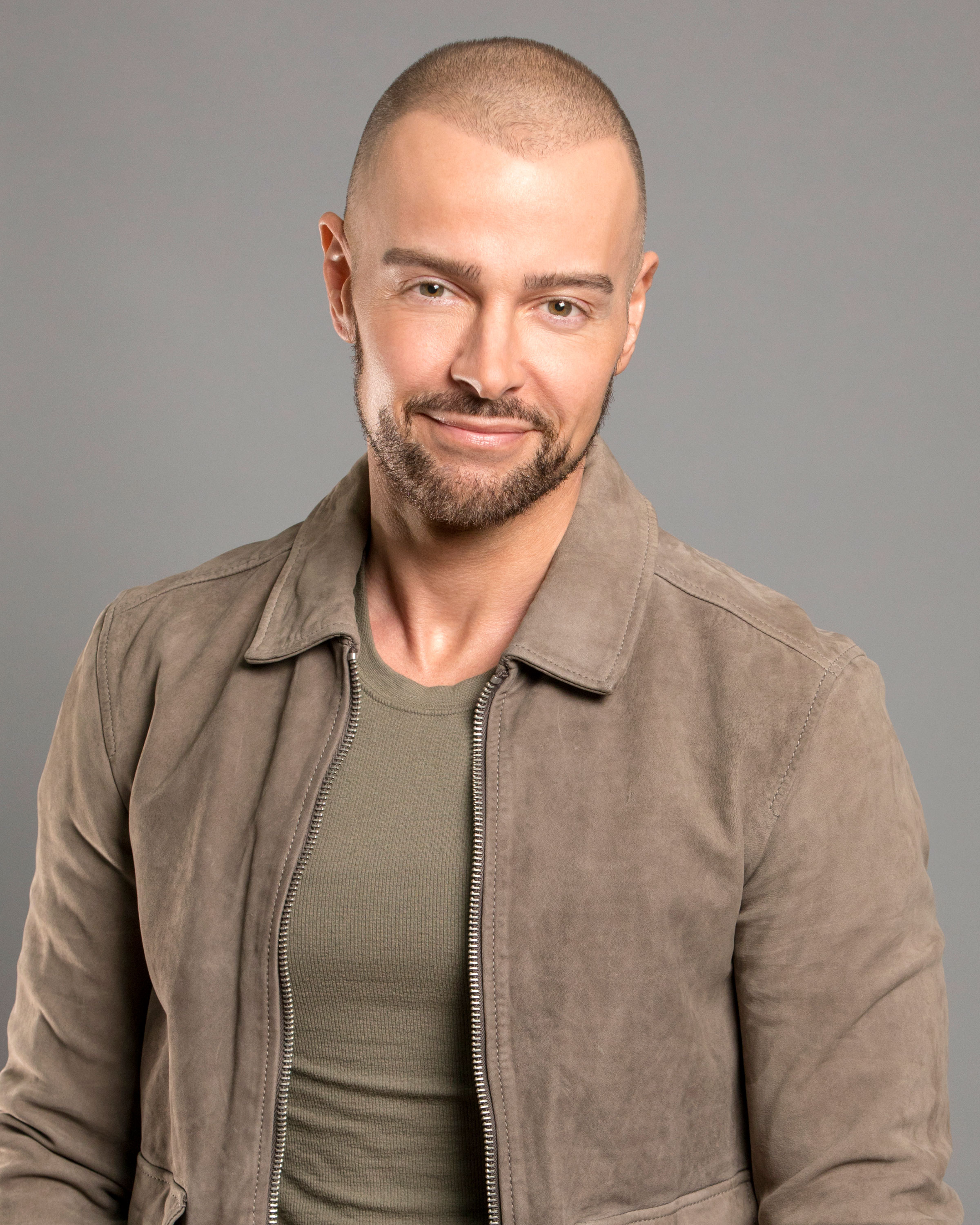 BIG-BROTHER-CELEBRITY-EDITION-Joey Lawrence - The 42-year-old actor is best known for his roles in Blossom , Brotherly Love and Melissa & Joey . In 2016, he also competed on Dancing With the Stars .