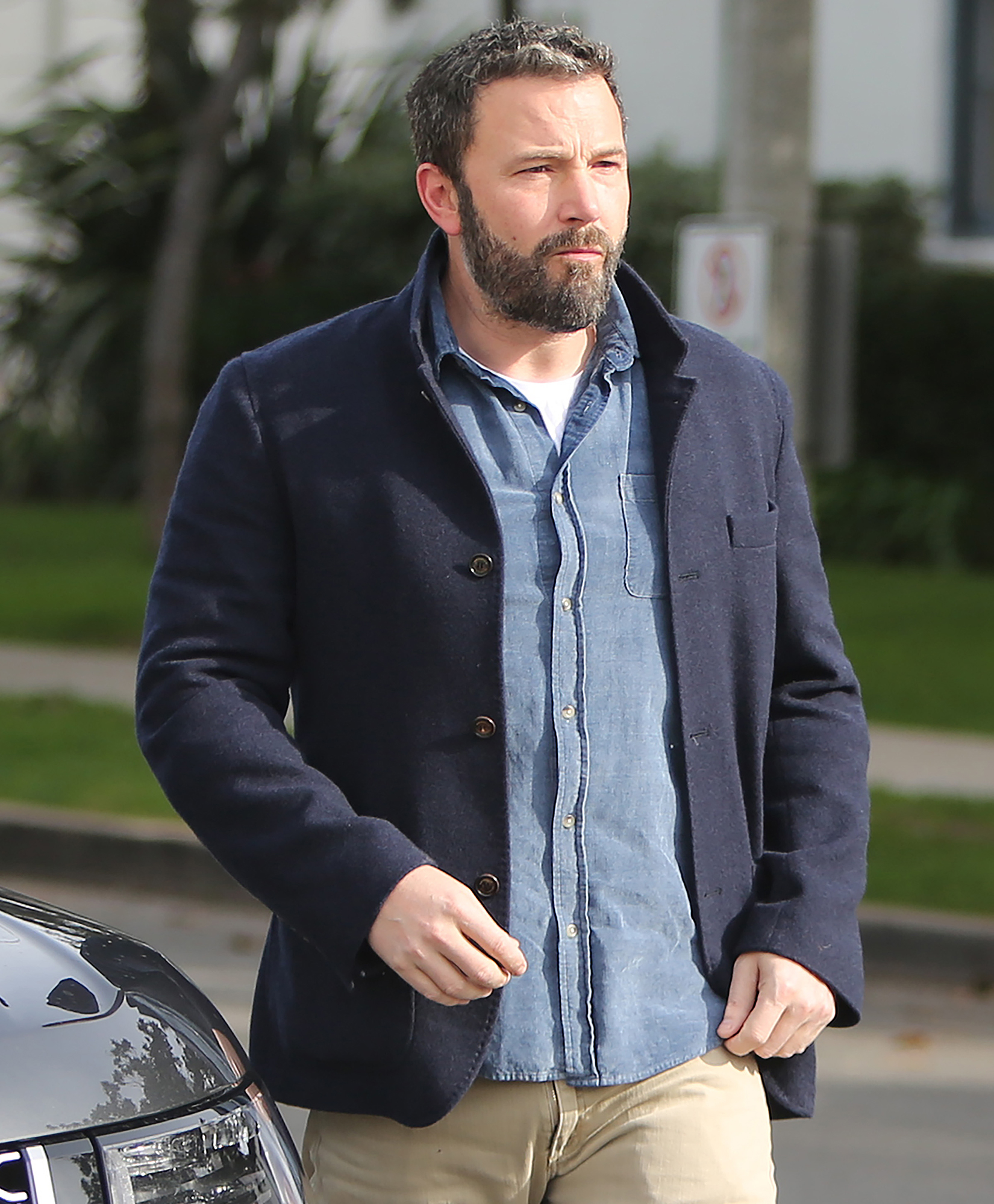 Ben Affleck and Jennifer Garner Reunite for Family Church Outing 2 Months After Finalizing Divorce - For his part, Affleck dated Saturday Night Live producer Lindsay Shookus for more than a year before they parted ways in August 2018 .