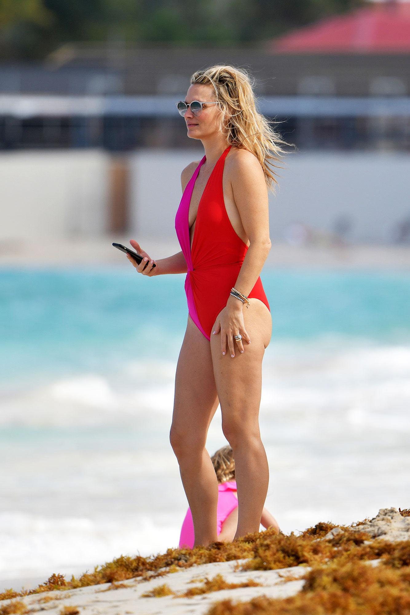 4b7428e48b007 The Hottest Celebs Over 40 in Swimsuits: Photos and Fitness Tips