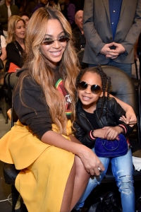 Beyonce Is Practically Blue Ivy's Twin in Throwback Pic: 'My Baby Is Growing Up'