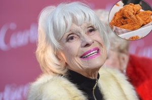 Carol Channing Used to Eat Dried Chicken Straight From Her Purse