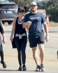 Chris-Pratt-and-Katherine-Schwarzenegger-thanksgiving