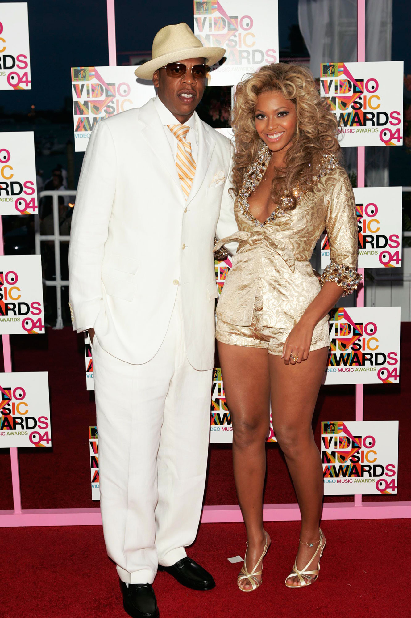 Couples Who Made Their Red Carpet Debuts at an Awards Show - Rapper/producer and nominee Jay-Z and singer Beyonce Knowles arrive at the 2004 MTV Video Music Awards at the American Airlines Arena August 29, 2004 in Miami, Florida.