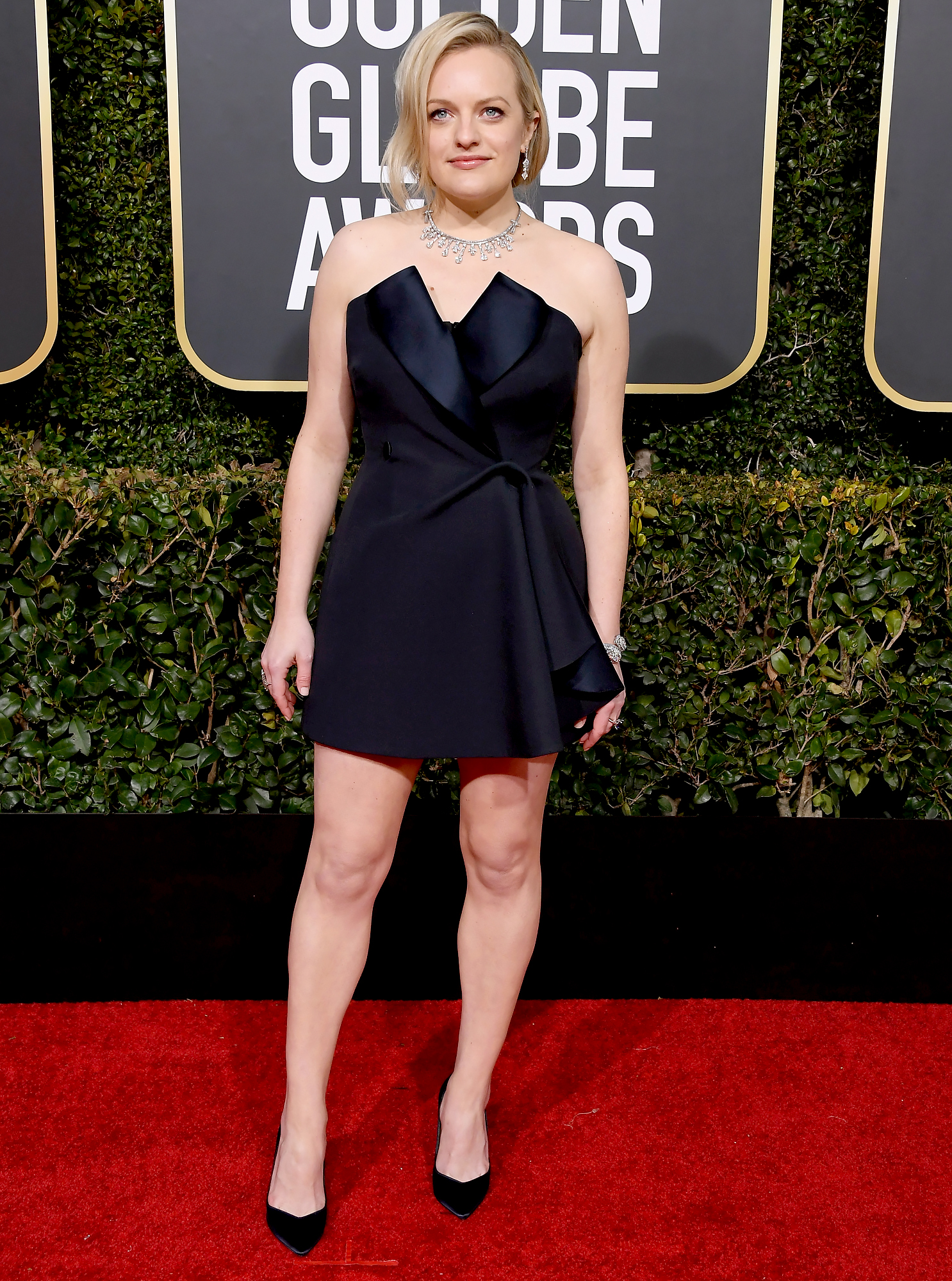 Golden Globes 2019 Red Carpet Fashion See Celeb Dresses, Gowns