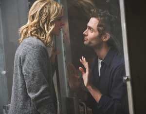Elizabeth-Lail-and-Penn-Badgley-in-You