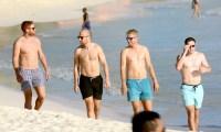England-Cricket-Team-shirtless-barbados