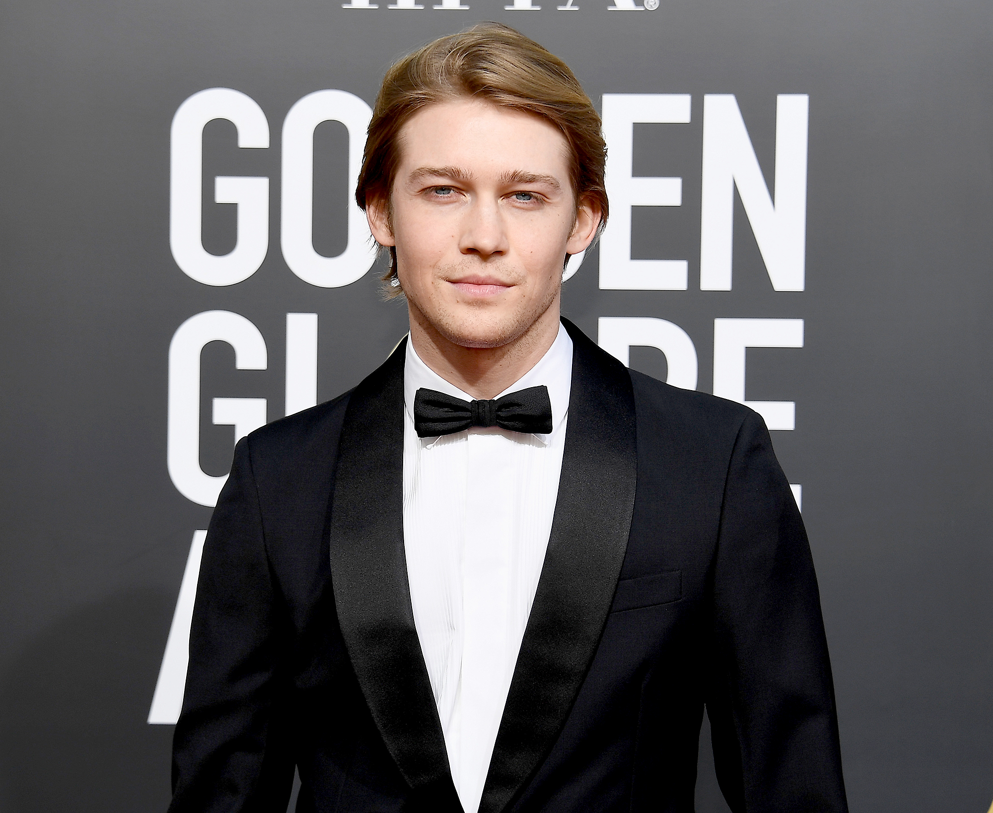 "Everything-Joe-Alwyn-Has-Said-About-taylor-swift - In December 2018, Alwyn admitted to Esquire that he doesn't ""seek out advice on"" his relationship with the ""Delicate"" singer because his feelings are clear . ""I think there's a very clear line as to what somebody should share, or feel like they have to share, and what they don't want to and shouldn't have to,"" he explained."