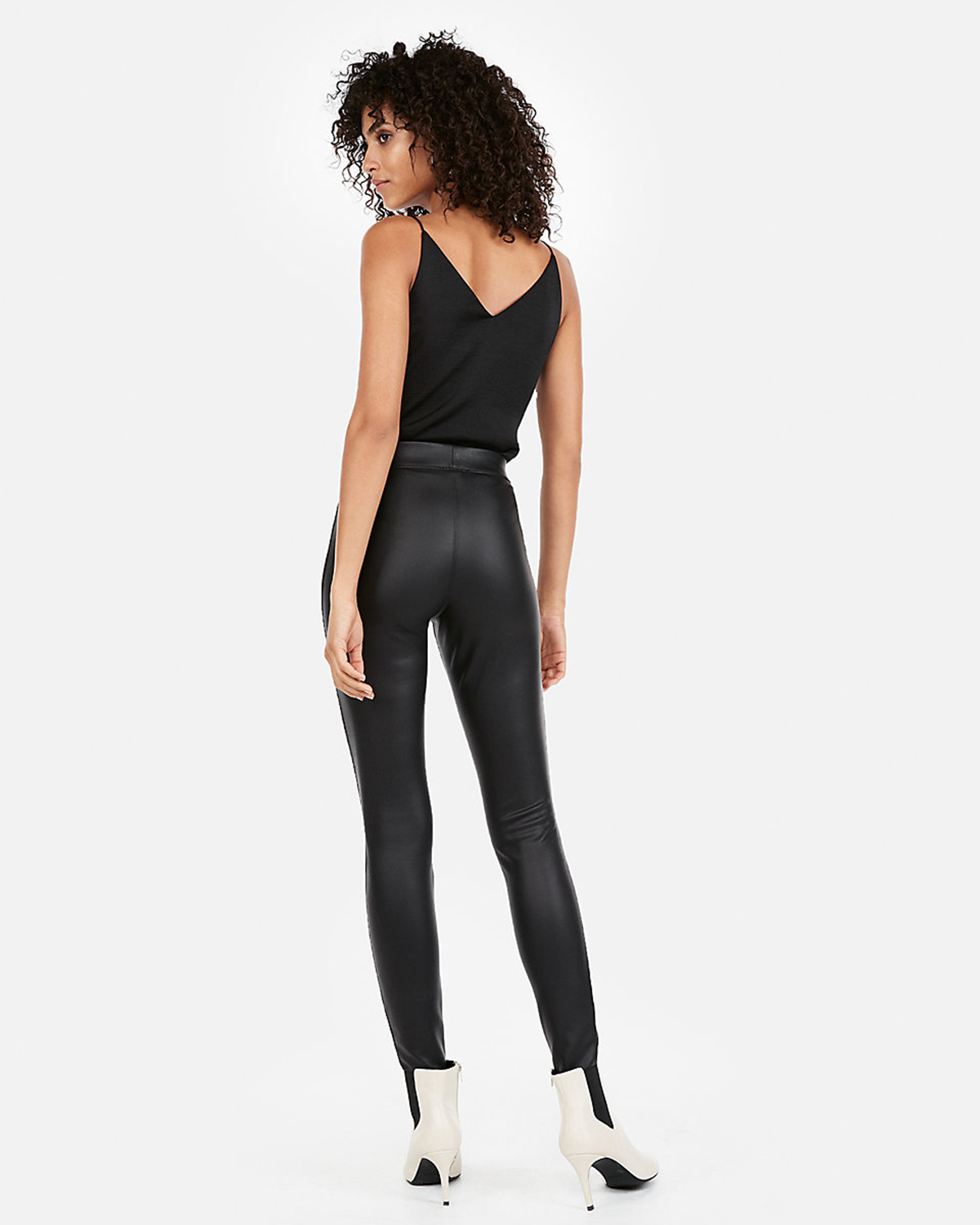 4a27ae0e603bf These Leggings Are on Sale and We Can Wear Them Anywhere