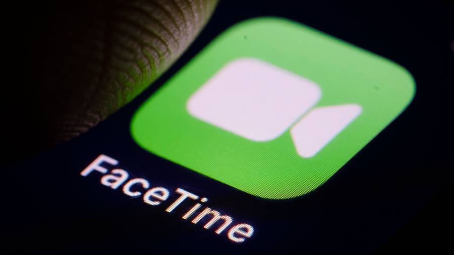 FaceTime Bug Allows Users to Access Someone Else's iPhone Camera and Microphone
