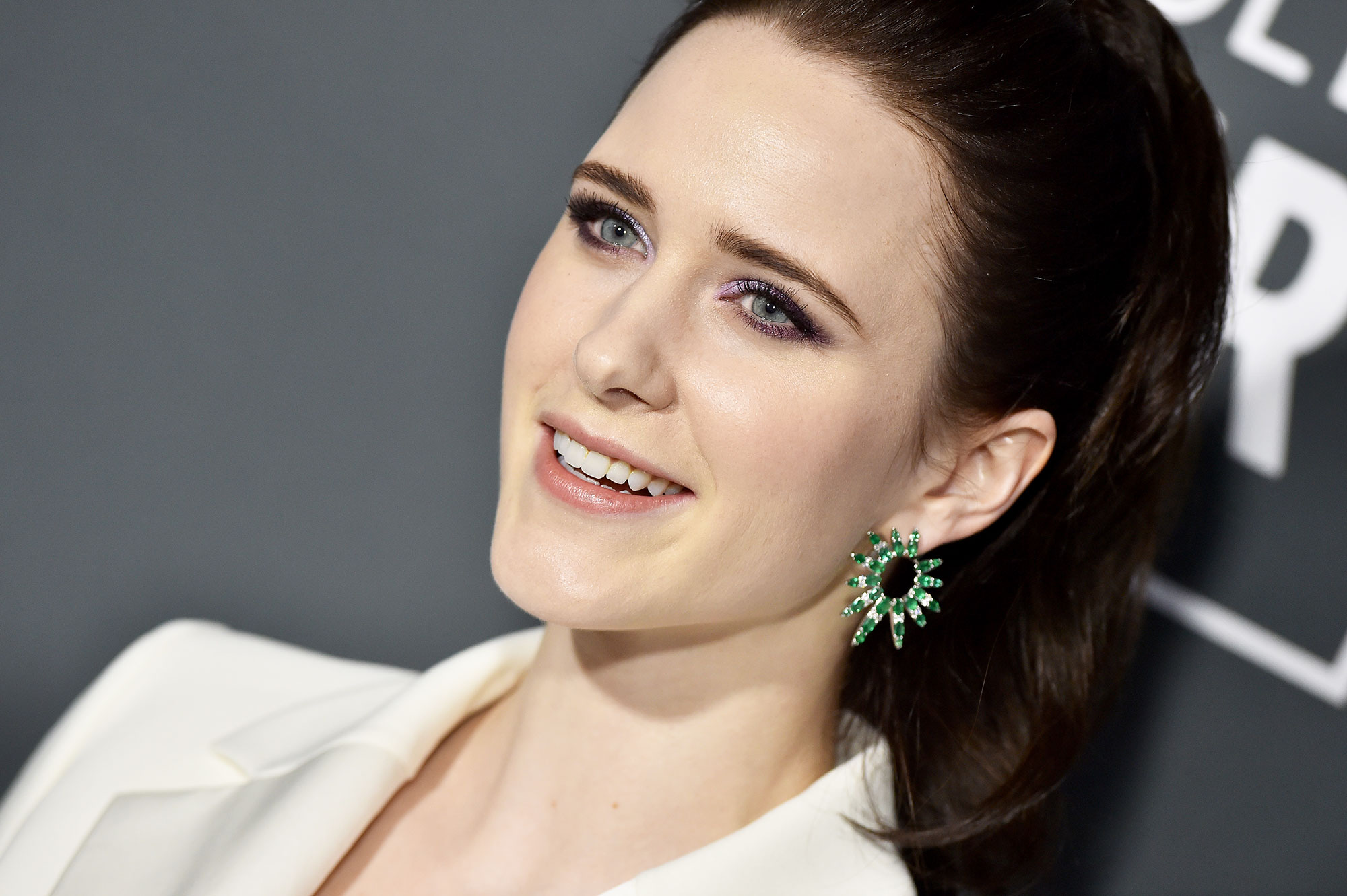 Rachel Brosnahan Critics' Choice Awards 2019 - With a sexy, swingy high ponytail by hairstylist Mara Roszak and beige lips by makeup pro Lisa Aharon using Revlon.