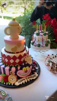 Kim Kardashian, chicago west, birthday party, alice in wonderland