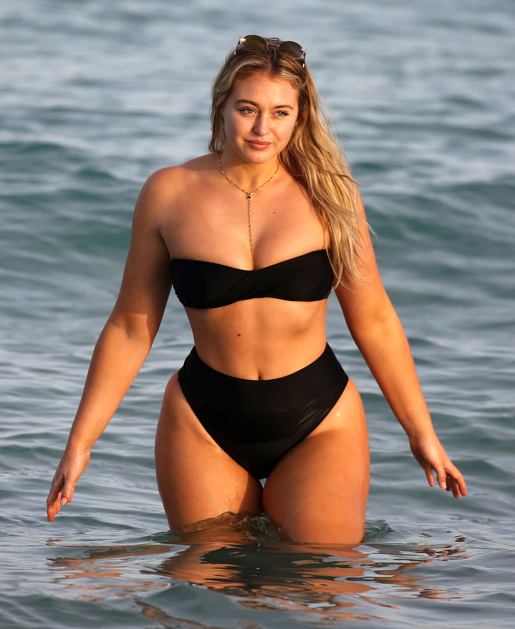 d6fb9455dd3 Aerie Model Iskra Lawrence: How to Feel Confident in a Bikini