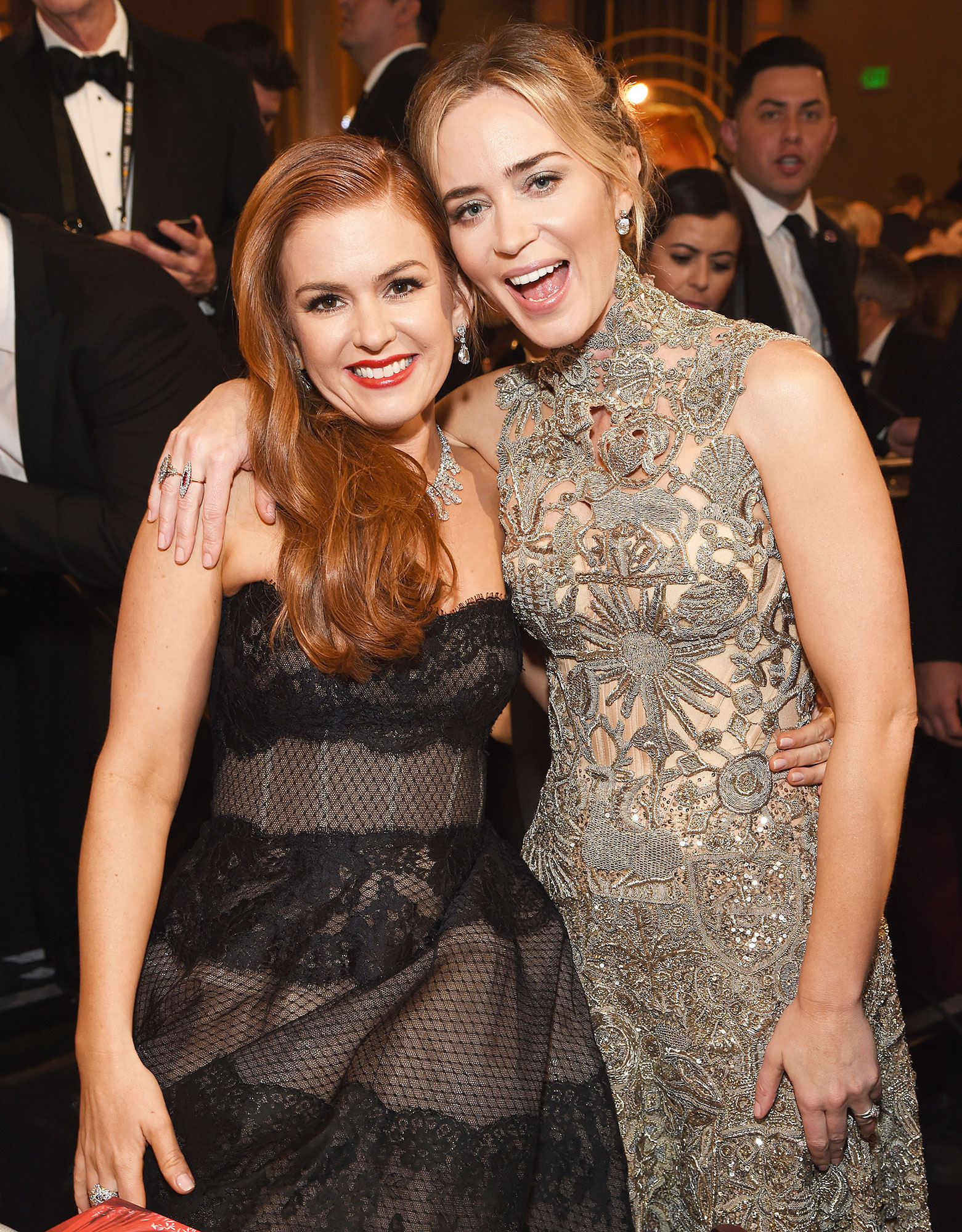 Inside Golden Globes 2019 Isla Fisher and Emily Blunt - Inside Golden Globes 2019 – BEVERLY HILLS, CA – JANUARY 06: (L) Isla Fisher and Emily Blunt attend Moet