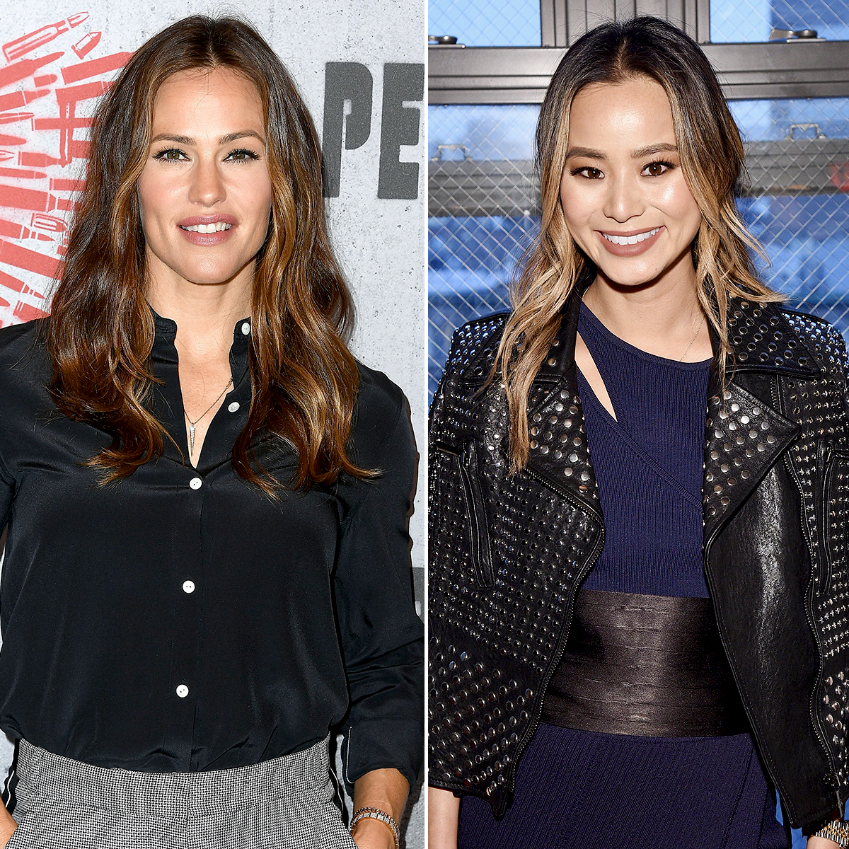"Jennifer-Garner-Jamie-Chung-smoothie-recipes - LOS ANGELES, CA – AUGUST 17: Jennifer Garner poses at the Photo Call For STX Films' ""Peppermint"" at Four Seasons Hotel Los Angeles at Beverly Hills on August 17, 2018 in Los Angeles, California. (Photo by Steve Granitz/WireImage)"
