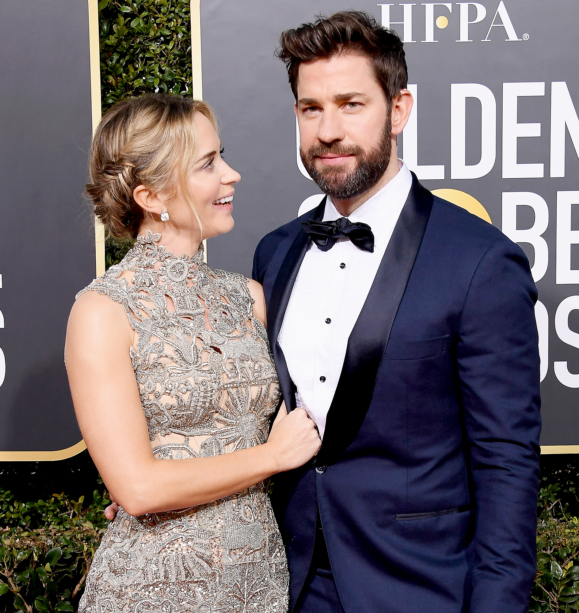 """John-Krasinski-and-Emily-Blunt-love-quotes - """"Oh … Don't I know it!"""" Krasinski replied to a Twitter user in January 2019 who said he """"got really lucky"""" with his wife."""