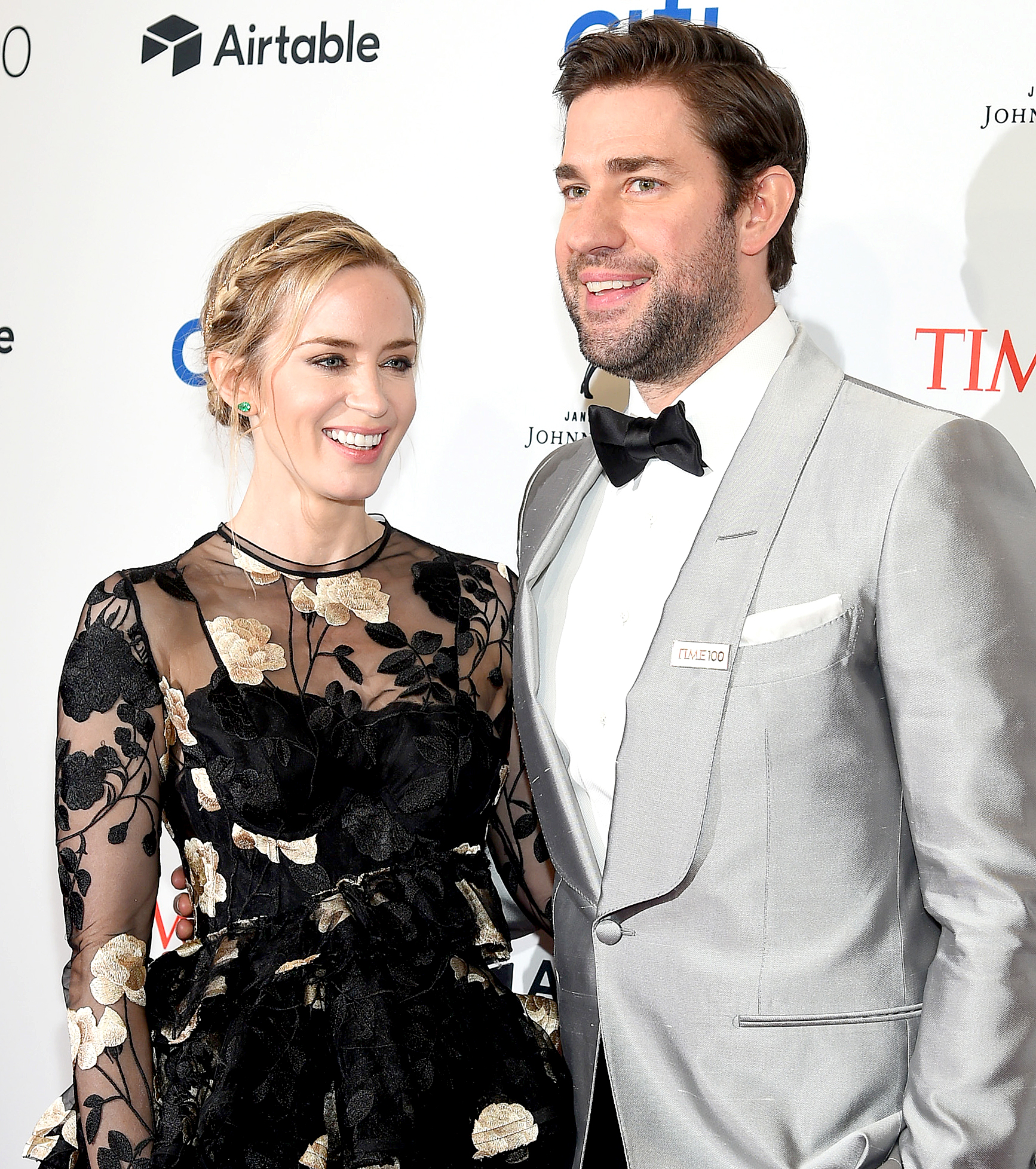 """John-Krasinski-and-Emily-Blunt-love-quotes - """"The air changes in the room when she starts doing what she does,"""" Krasinski told Vanity Fair in January 2018. """"It's so honest and so pure and so powerful. It's like a superpower that she can just unlock and do so specifically with not many attempts. For me, I love acting, and I'm so lucky to be doing it. But she's on another plane. This weird intersection happened while filming where I totally forgot I was her husband. I was just watching her performance and was lucky enough to be in the front row."""""""