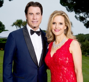 John-Travolta-and-Kelly-Preston