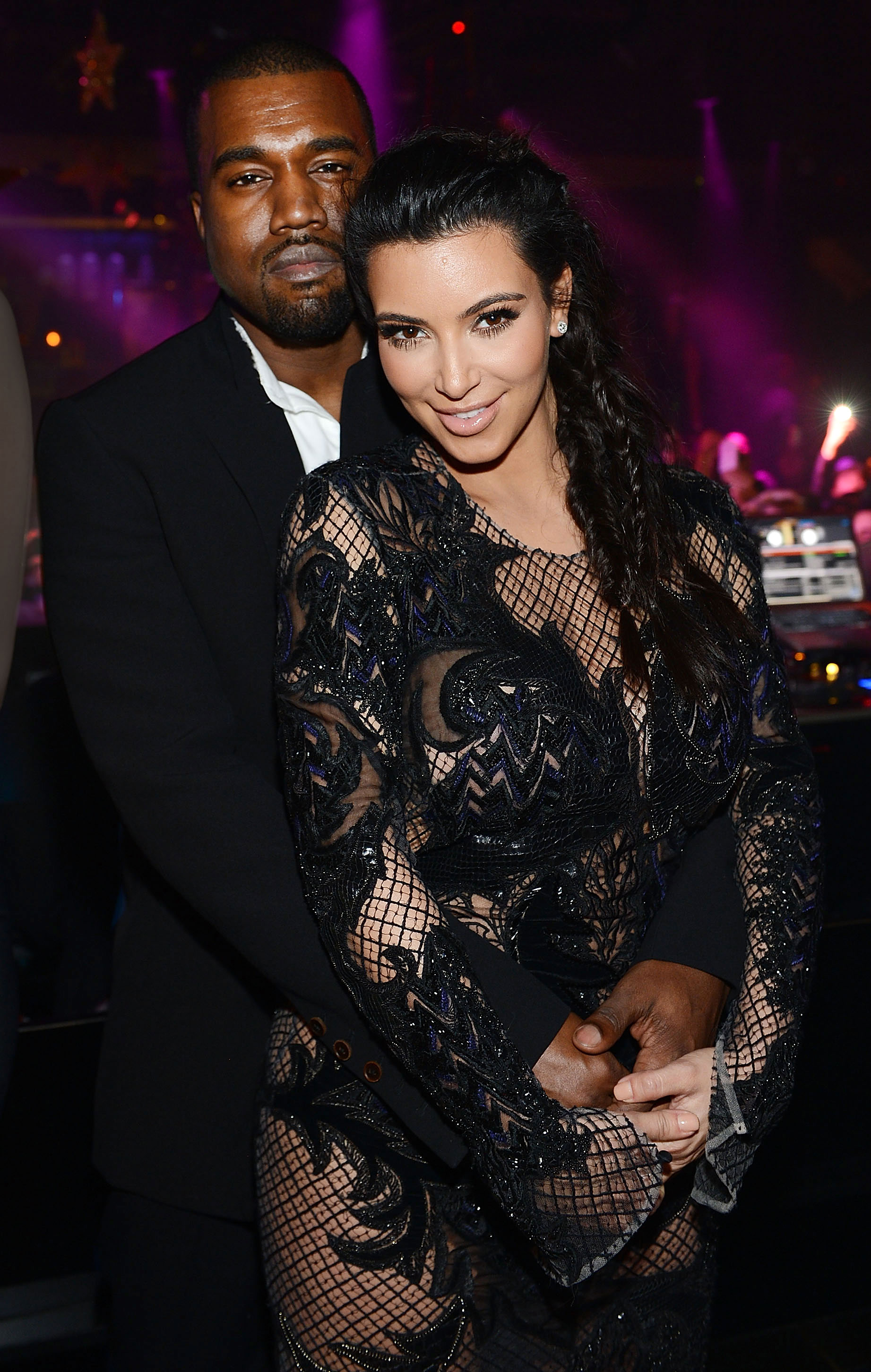 När gjorde Kim k och Kanye West start dating