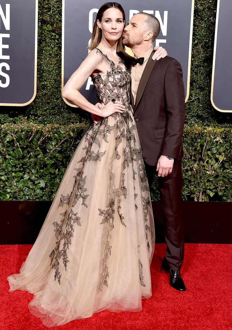 https://www.usmagazine.com/wp content/uploads/2019/01/Leslie Bibb and Sam Rockwell Golden Globes