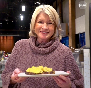 Martha-Stewart-eggs