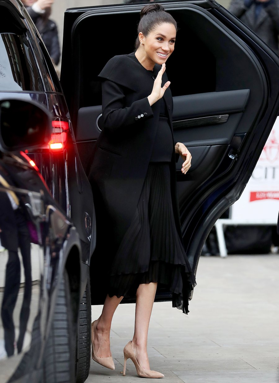 Meghan,-Duchess-of-Sussex-visits-the-Association-of-Commonwealth-Universities-5