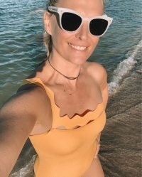 Best 2019 Swimsuit Shots Molly Sims