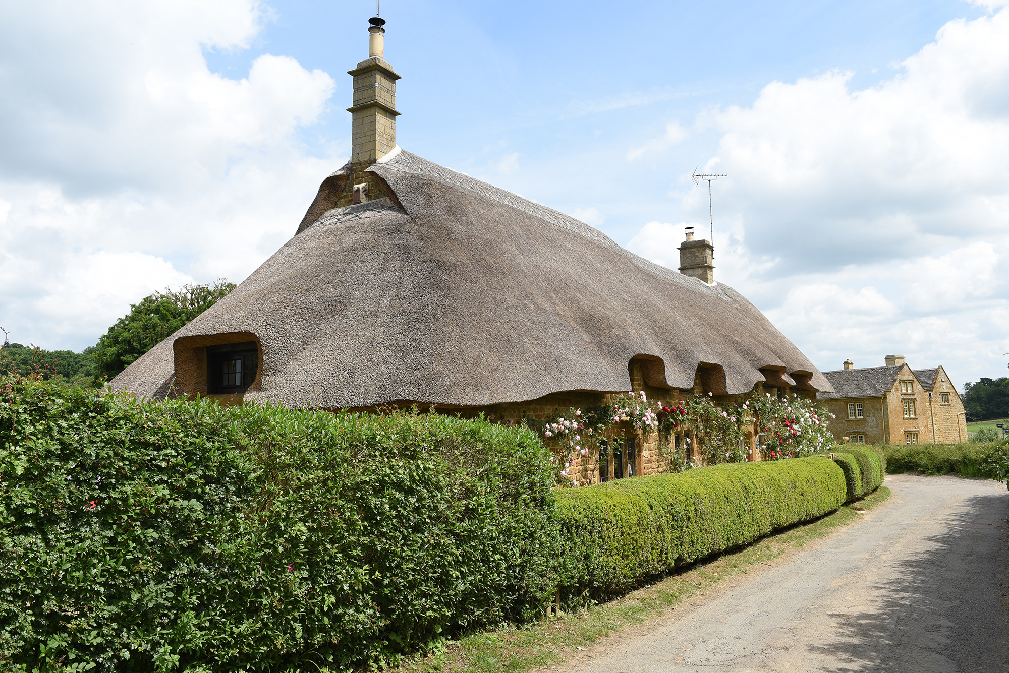 Prince-Harry-and-Duchess-Meghan's-Country-Retreat - The picturesque cottages that sit within the village of Great Tew are so picturesque and the perfect backdrop for a leisurely stroll.