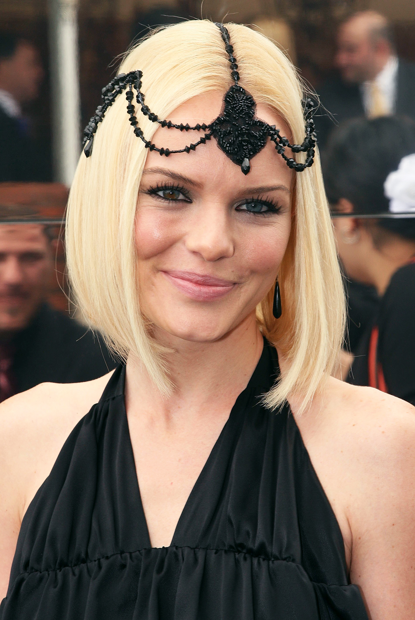 See Birthday Girl Kate Bosworth's Best Beauty Moments - A 1920s flapper-inspired black beaded headdress popped against her platinum locks at the 2006 Melbourne Cup in Australia.