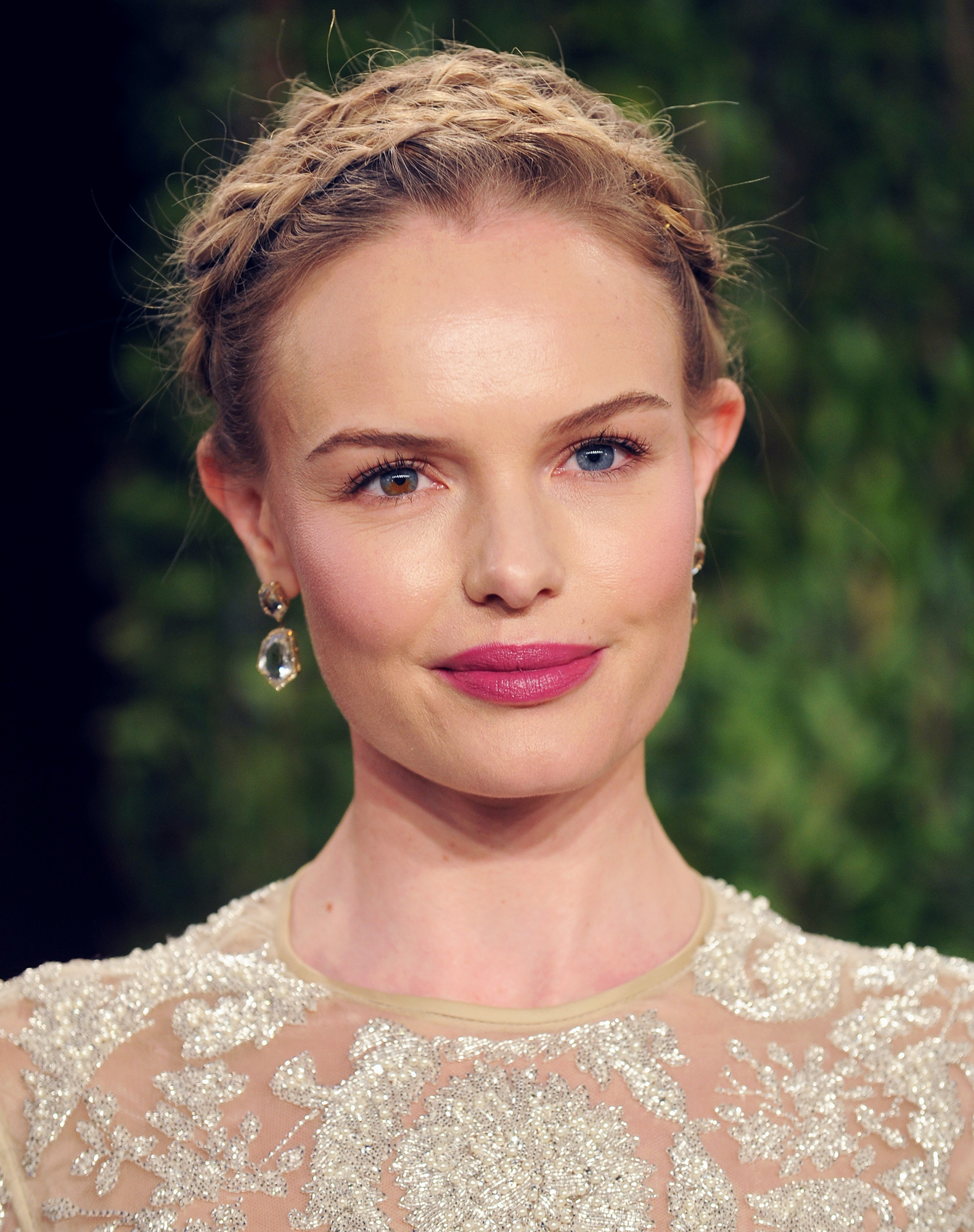 See Birthday Girl Kate Bosworth's Best Beauty Moments - We're not sure what we love most about the blonde beauty's look at the 2013 Vanity Fair Oscar Party: her halo of wispy braids or her beautiful berry pout?