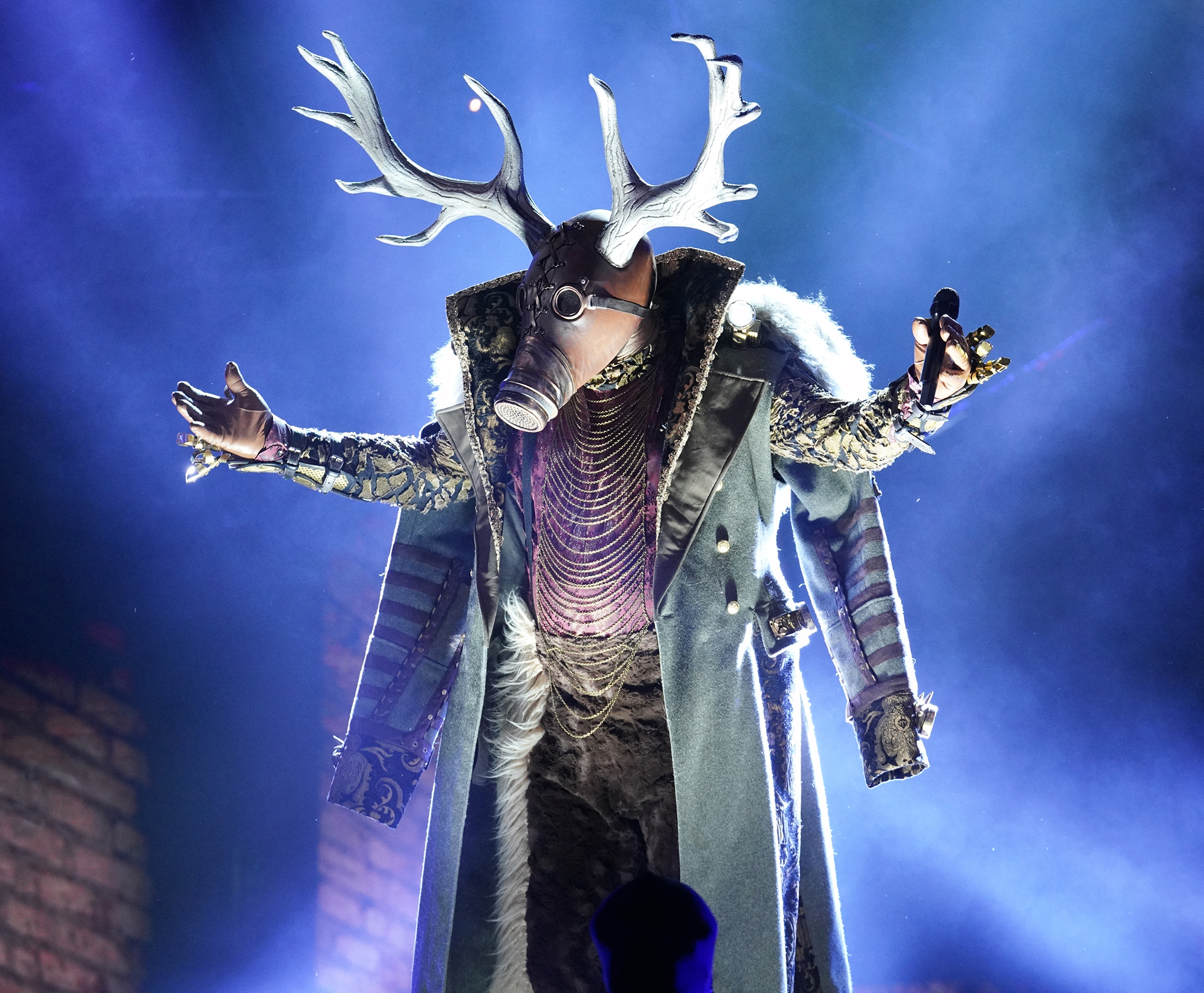 """THE-MASKED-SINGER-Deer - During this week's clues video, the deer played a former athlete who was filming a used car salesman. Since he stated """"Ravens beware"""" in the first video, many thought it could be a former member of the Pittsburgh Steelers, such as Terry Bradshaw ."""