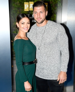 Tim-Tebow,-Demi-Leigh-Nel-Peters-engaged