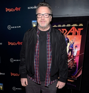 Tom-Arnold-dead-ant-premiere