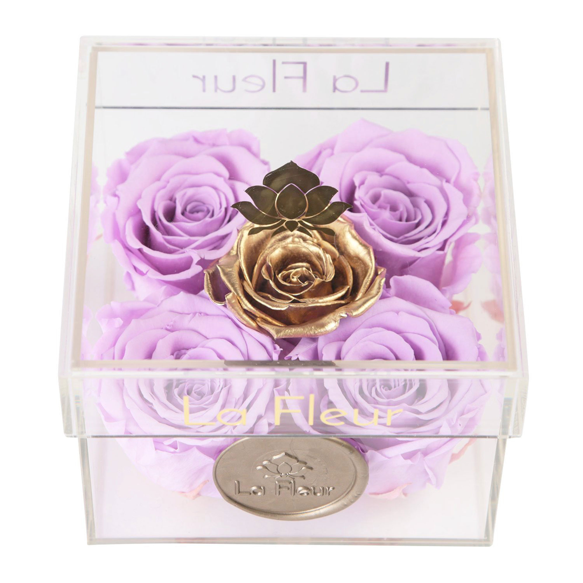 Valentine's Day Gift Guide 2019: Beauty and Fashion Ideas for the Lady in Your Life - Forget about a fresh flower bouquet that lasts a week (at most!). These preserved roses (Kylie Jenner and Cardi B are fans) keep their sweet smell for an entire year.